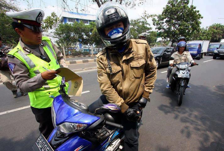 polisi nilang