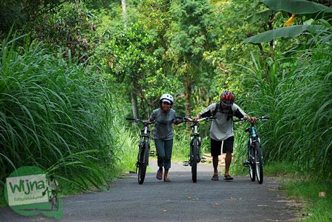 youl never bike alone