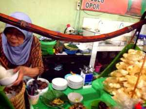 wisata kretek, Taman Bojana kudus, soto kerbau, Pindang Ayam, Pindang Daging, Tahu telor gimbal  019