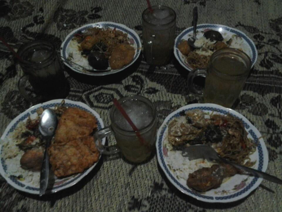 Gudeg Wirosaban  - Gudeg Dengan Menu Semi Warteg 4