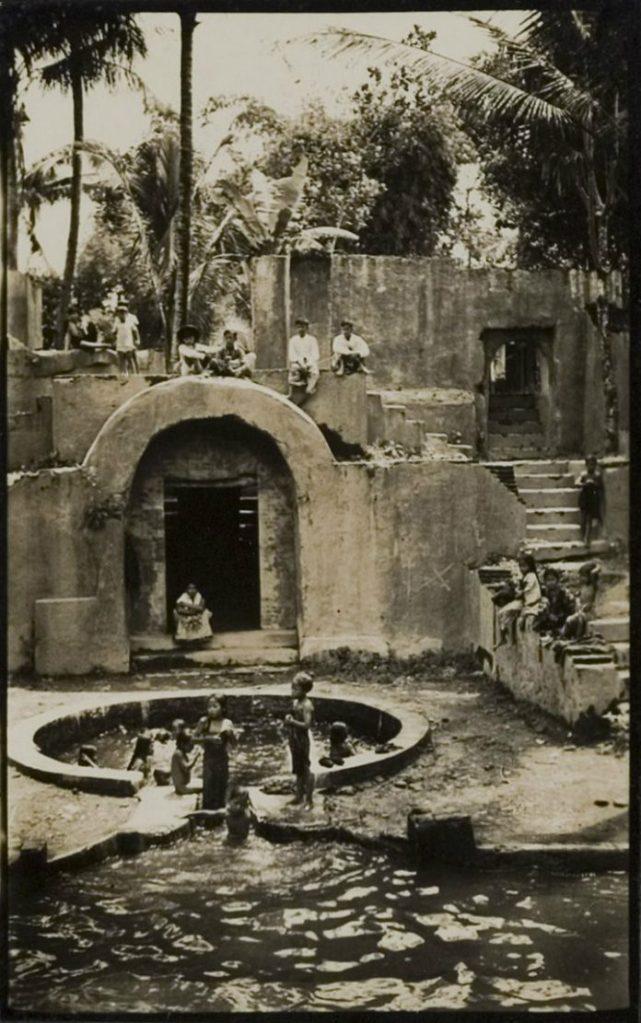 warung-boto-1935-1-696x1111