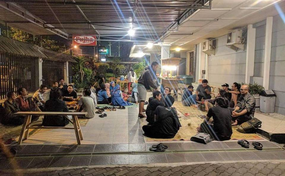 Angkringan Baba – Tentang Sebuah Cita-cita – Rasarab's ...